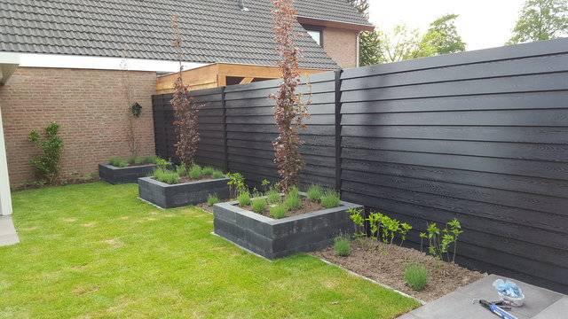 woodgrainEblack Schutting / Tuinhuis